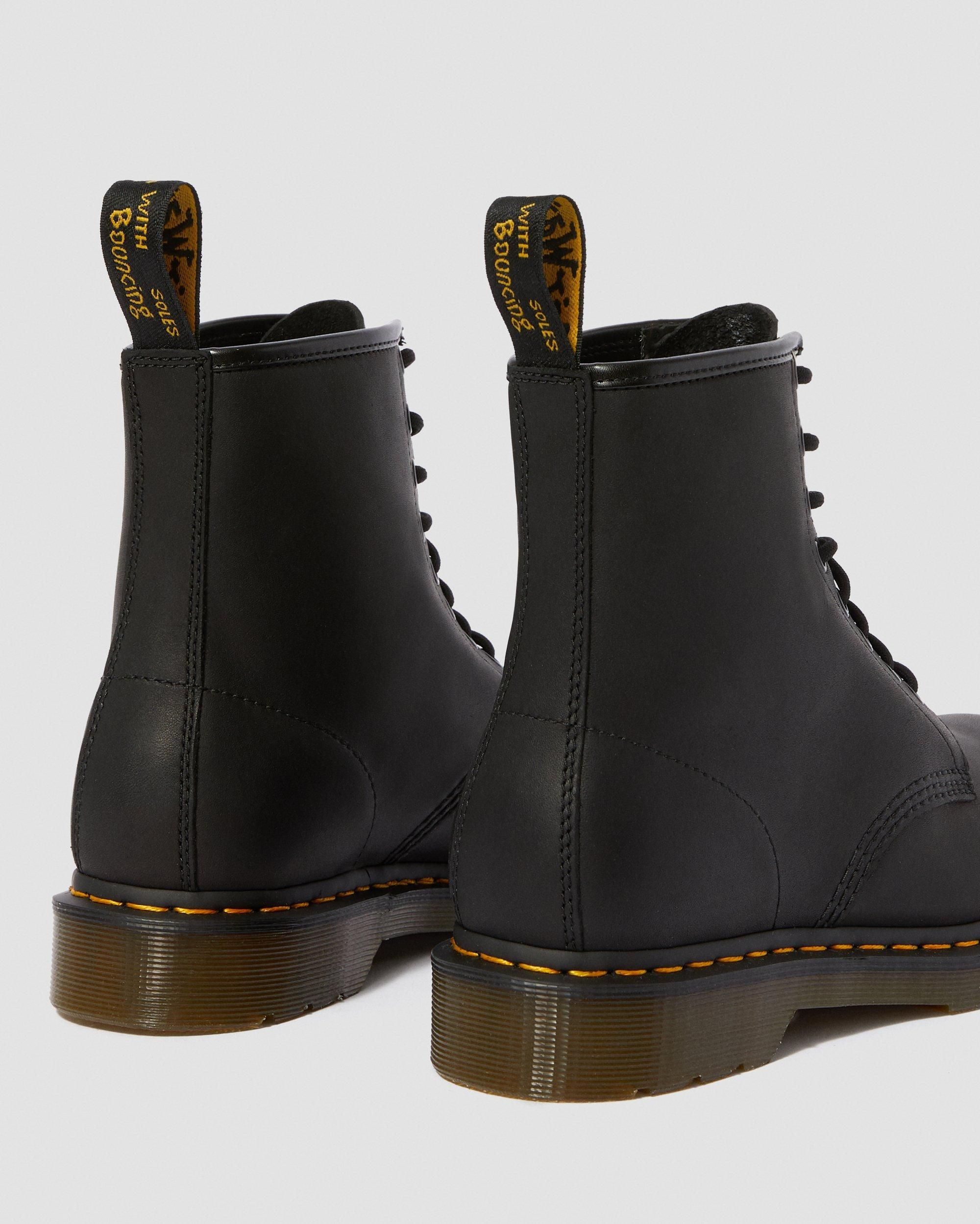 DR MARTENS 1460 GREASY LEATHER LACE UP