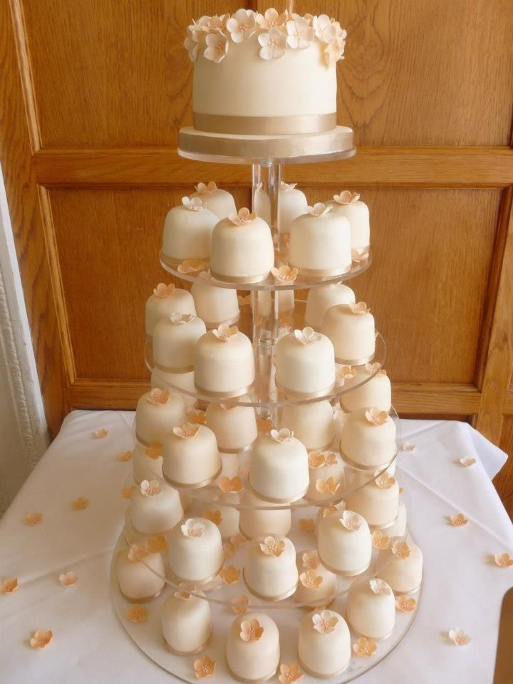 Peach Blossom Individual Wedding Cakes