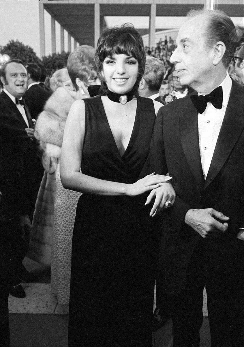 Liza Minelli (with her father: Vincente Minelli)  1970