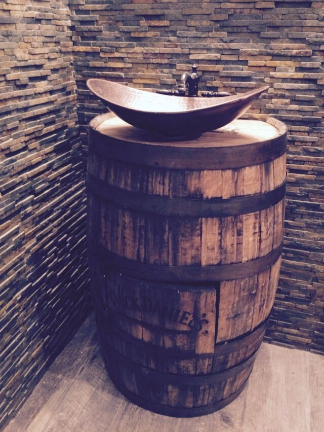 Original Jack Daniels Barrel Vanity By Chad Caruso Tapa