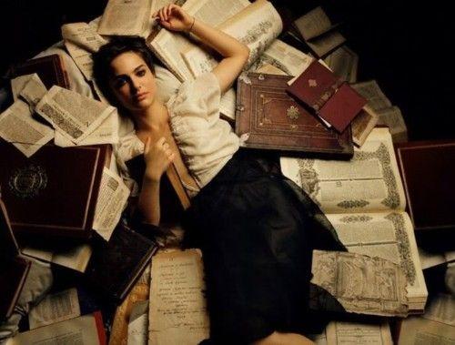 Deitar nos livros.