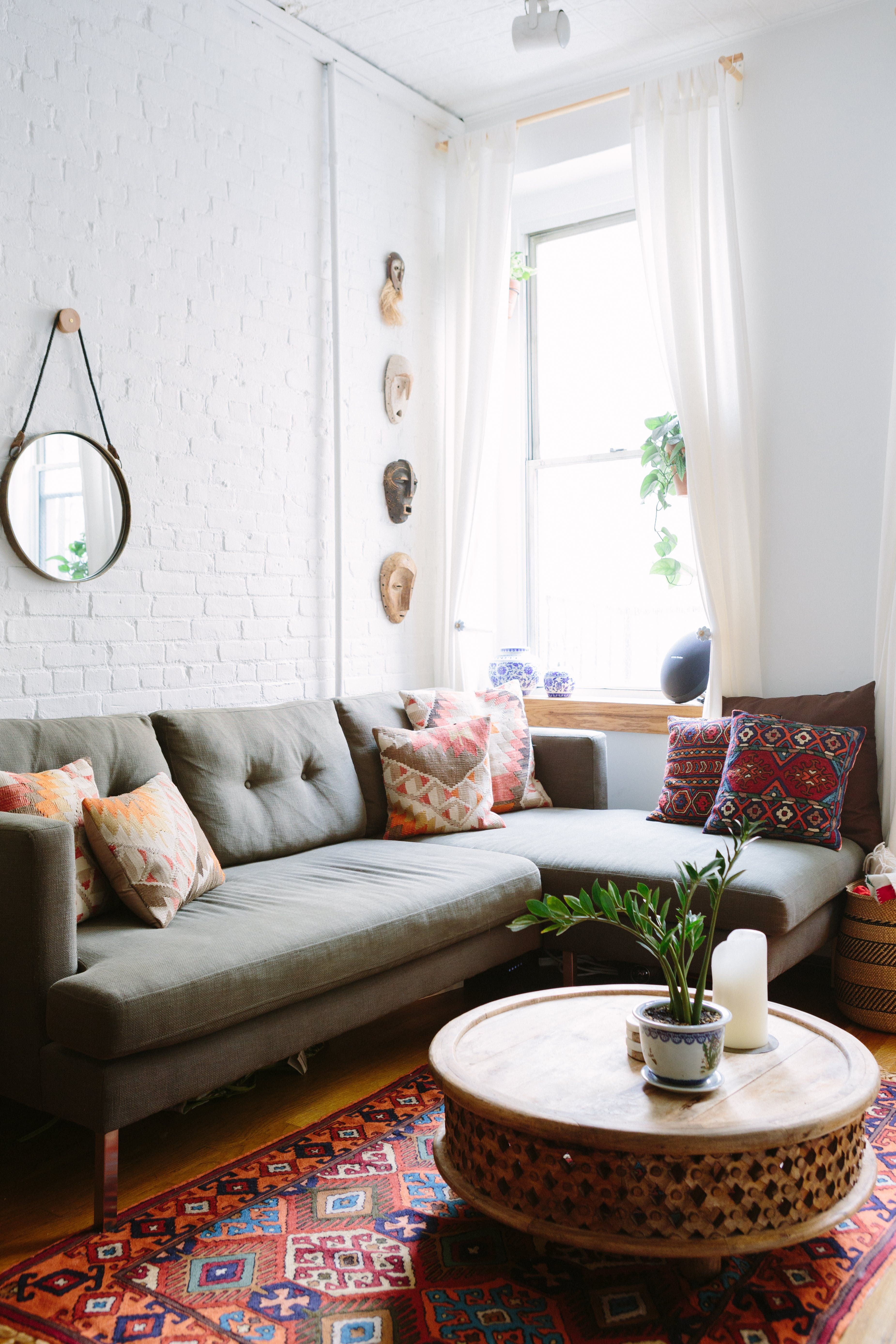 Tour a Four-Story NYC Walk-Up Full of Clever DIY Projects | Salón ...