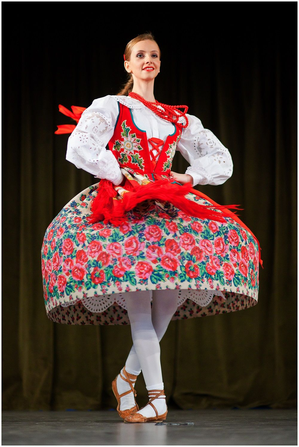 Polish Folk Dance  Polish traditional costume, Polish clothing