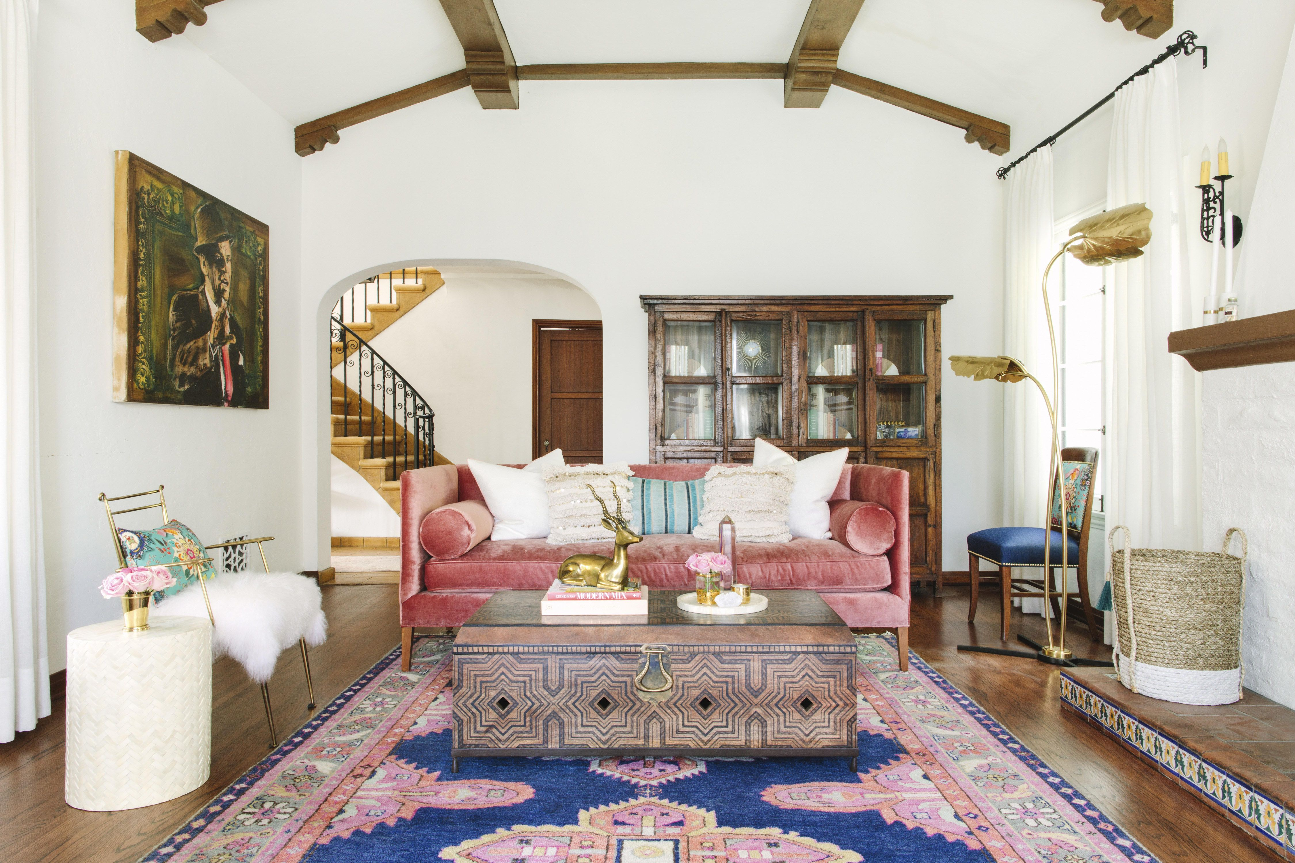 Spain Meets California In This Colorful La Home Diy Living Room Decor Best Living Room Design Small Living Room Design #spanish #living #room #decor