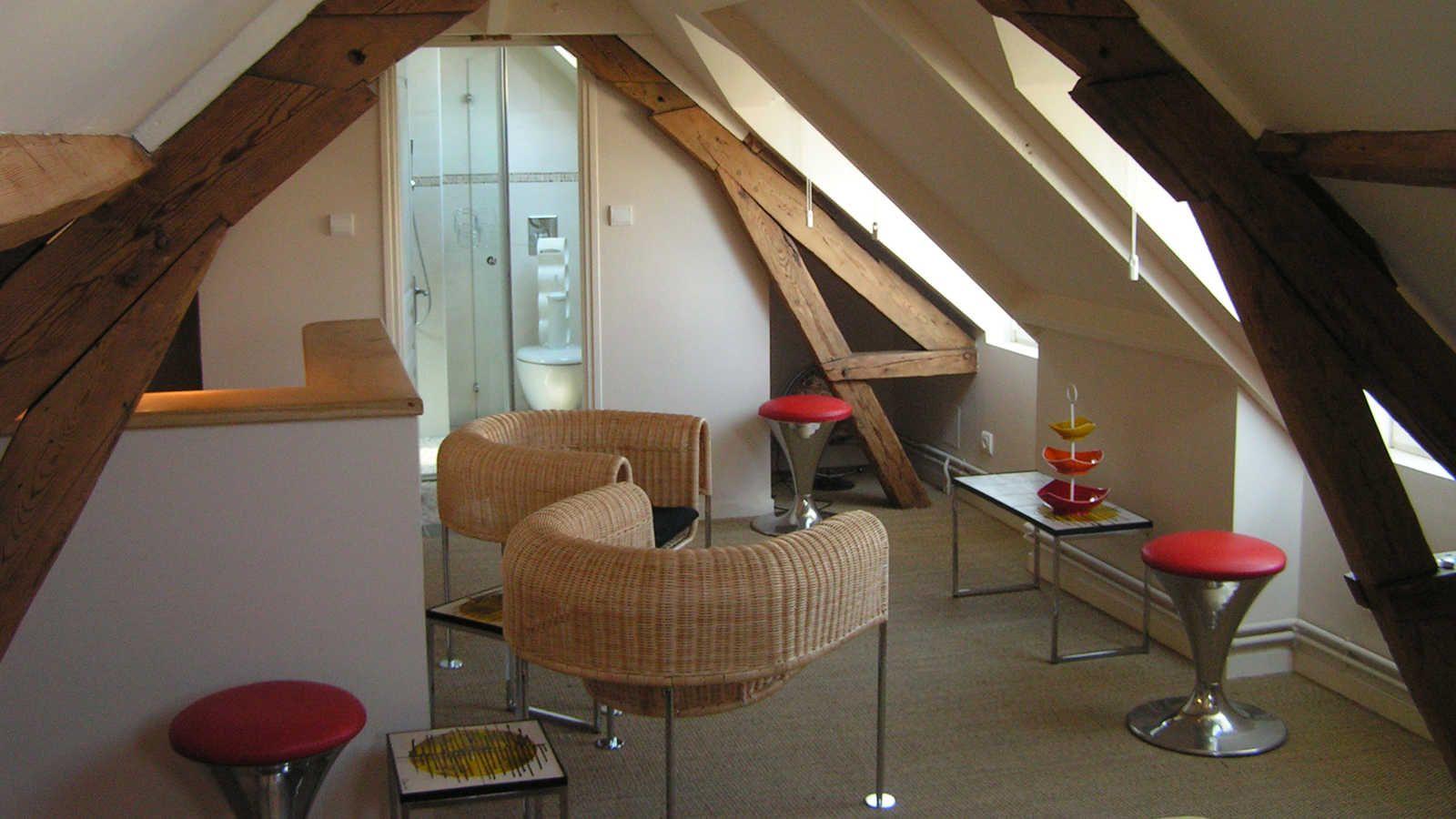 Suite laigle guesthouse chambre d 39 hote table d 39 hote - Chambre d hote couleur bois et spa ...