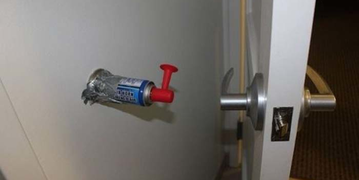 Best Funny Pranks  33 Times That Pranks Got Taken To A Whole New Level 2