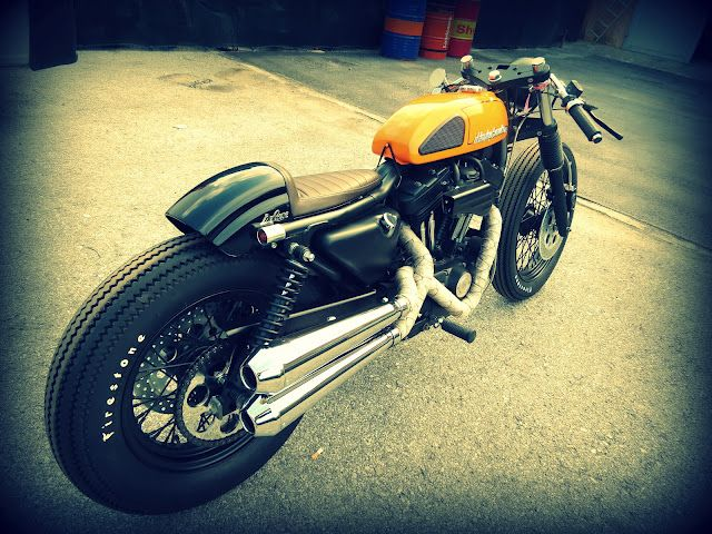 though this harley could have me in a quandary over whether to have a triumph cafe racer or one of these...