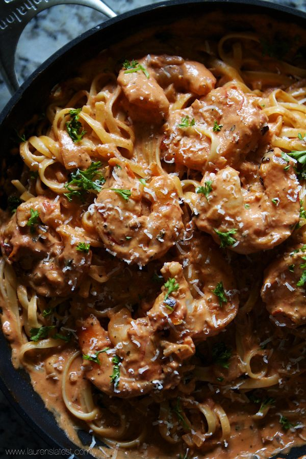 how to make shrimp pasta with tomato sauce