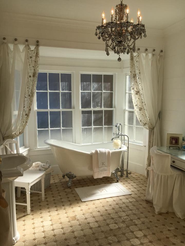 24993618 1904115072951605 7427875433878706453 N Jpg 720 960 French Country Bathroom Country Bathroom Designs Country Bathroom