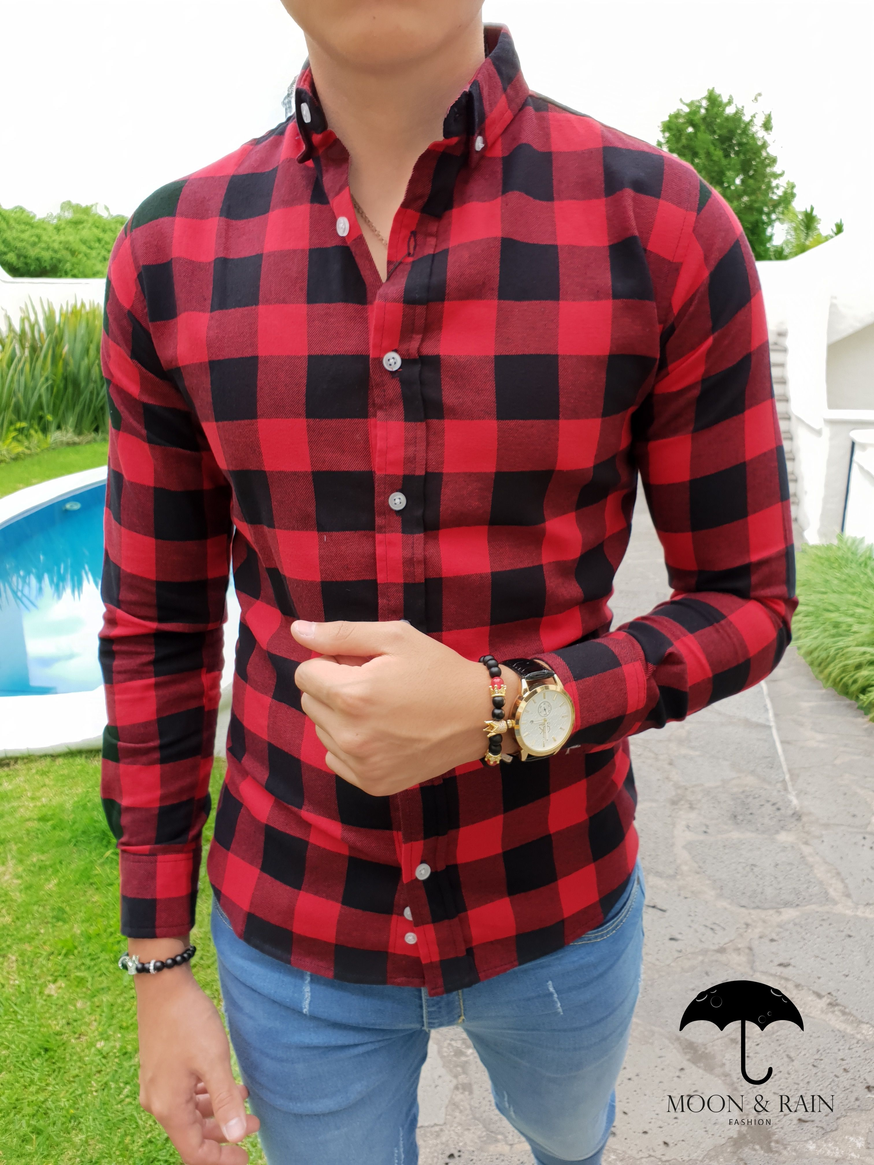 Outfit para hombre  camisa slim fit de cuadros rojos y negros en manga larga c48b13381857d