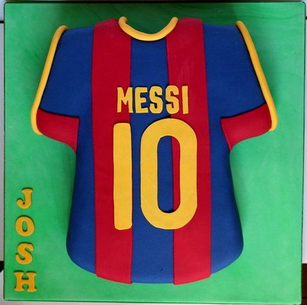the latest d5c99 392ef Messi Football Shirt Cake | Decorated Cakes in 2019 | Shirt ...