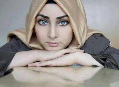 عيون زرقاء Hijab Fashion Vest Pyjamas Fashion