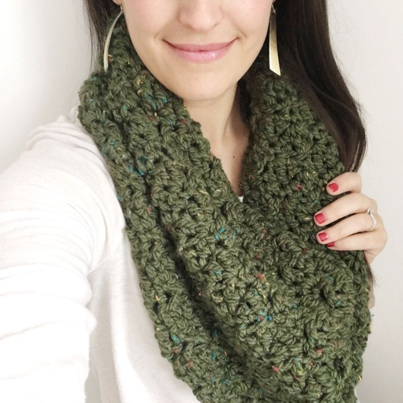 Quick & Easy Chunky Tweed Stair Stitch Cowls | The Sweeter Side Of ...