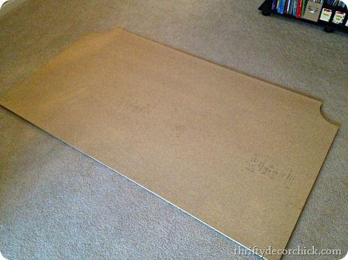 DIY tufted headboard tutorial..Looks pretty simple. I wonder if home depot will arch the wood for me....hmmmmmmm