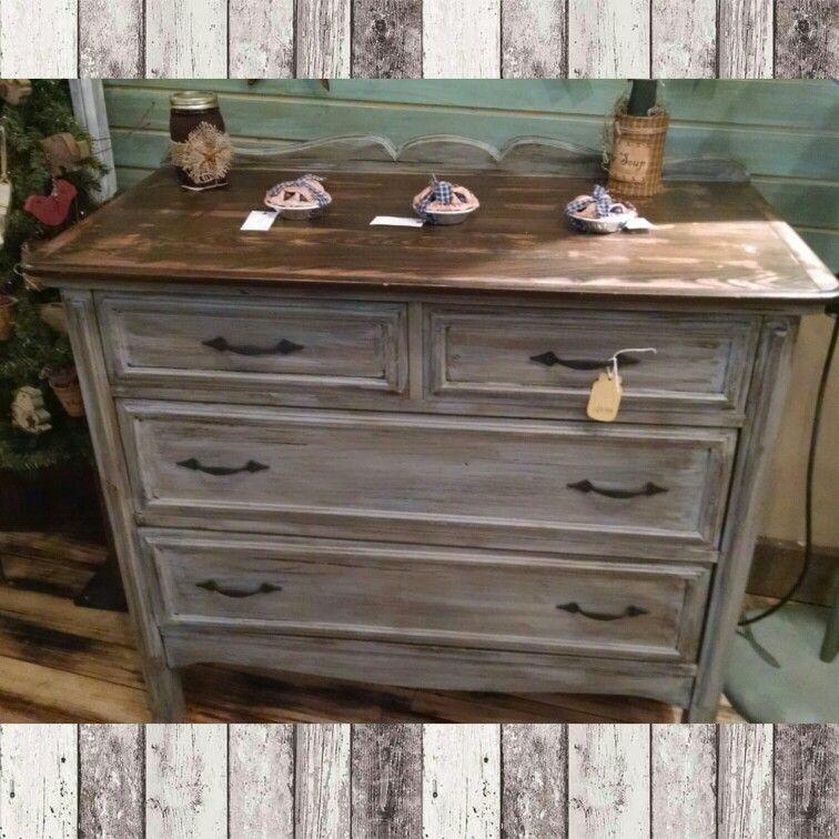 4 Drawer Dresser. Distressed Grey With Dark Walnut Stained