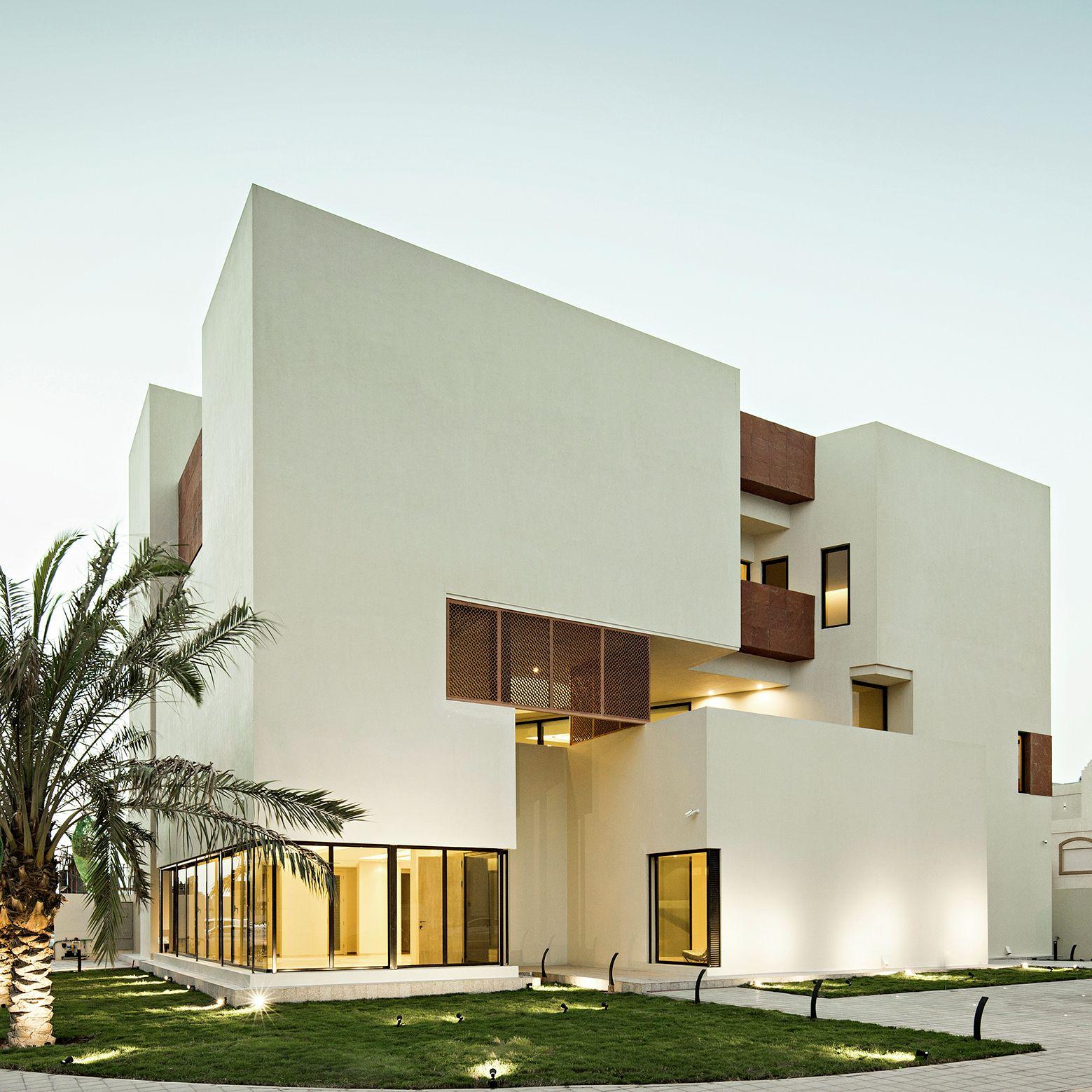 Modern Box House Design: Box House II / Massive Order