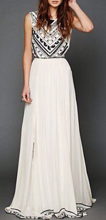 #Maxi dress #embroidered #detailgown #lovely#gypsy #meditarraneo #beachstyle