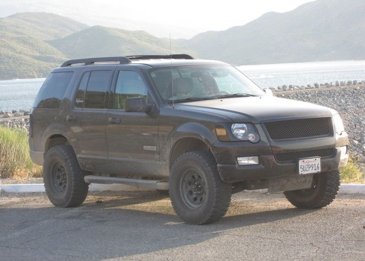 Lifted Ford Explorer >> Pin By Casey Jane On Upgrades Lifted Ford Explorer Ford