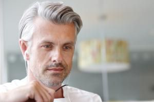 The 25 Best Haircuts For Men Over 40 Grey Hair Men Haircuts For Men Grey Hair Color Men