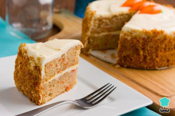 Receta de Torta de zanahoria con nueces y canela