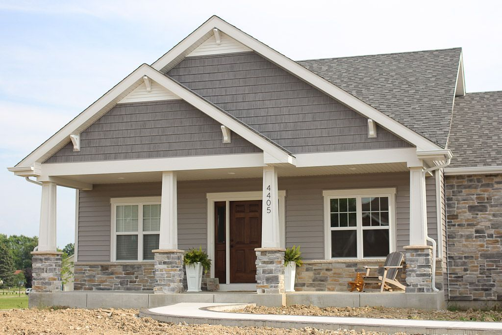 Best Gable Contrast Siding Shingle Siding Houseexteriorcolorsschemes With Images Exterior House 400 x 300