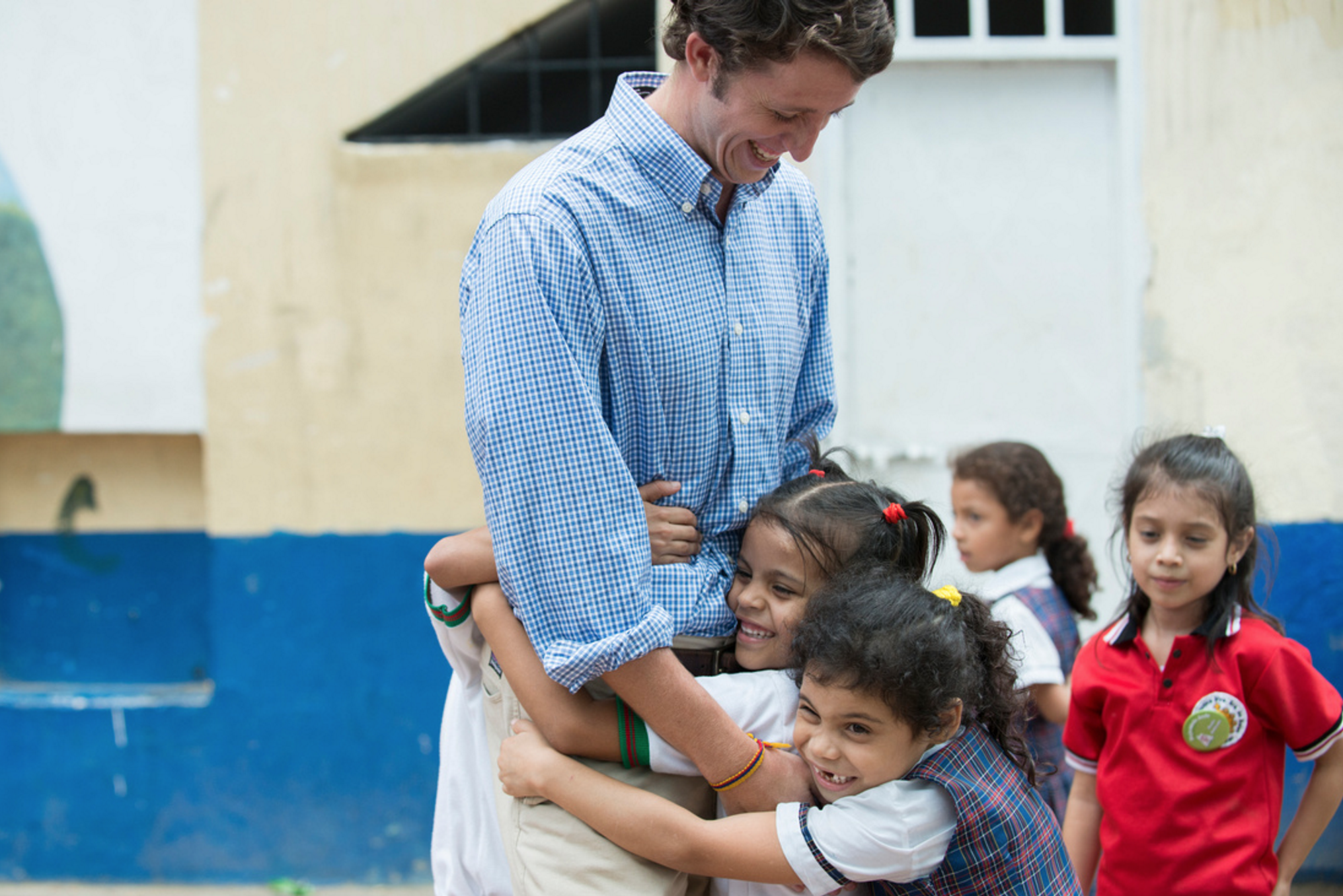 A Peace Corps Colombia Volunteer and his students, 2013