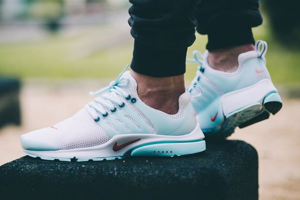 premium selection 82a00 0bed9 Nike Air Presto - watch out for fakes. Get a 29 point step-by-step guide on  spotting fakes from goVerify.it   Shoes   Nike sportswear, Nike free shoes,  ...