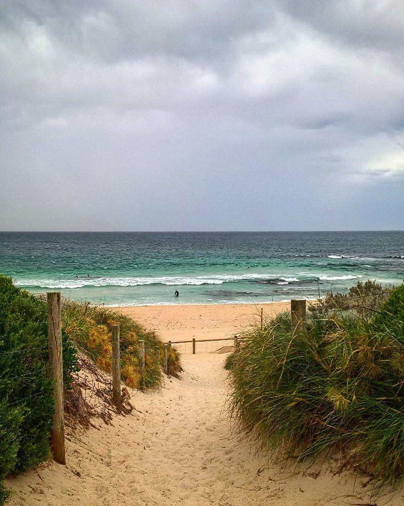 sekarang-poto-pantei-ato-beach
