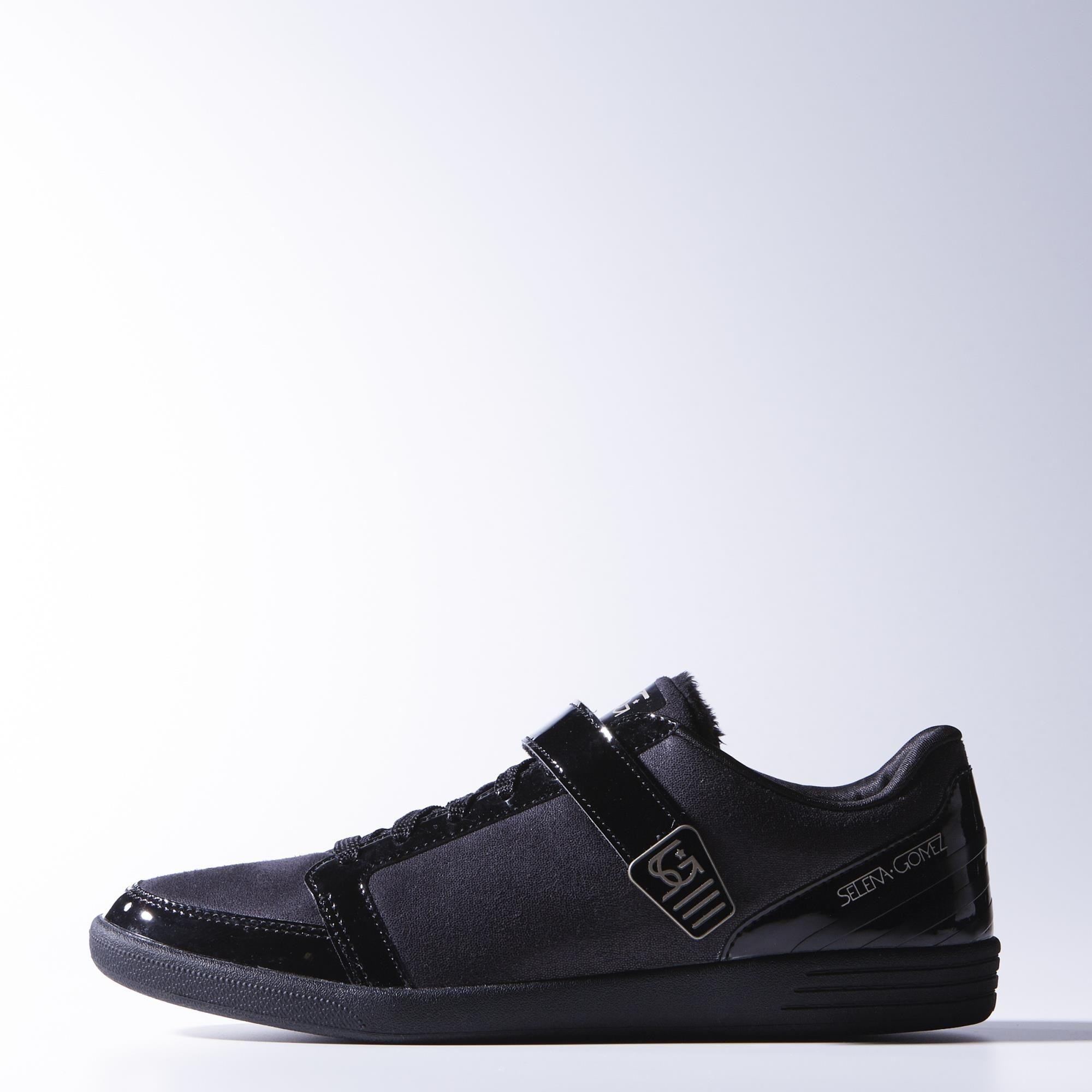 Selena Gomez Baseline Hook Low Shoes adidas | adidas France