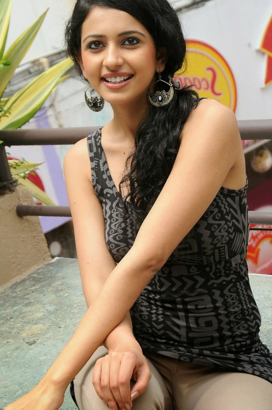 today lest go all new nude photos collection of indian actress rakul