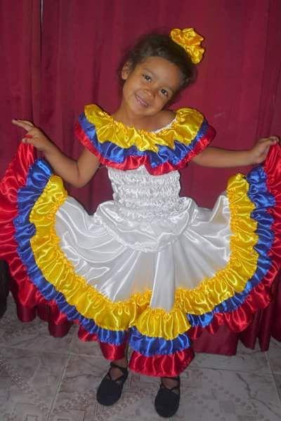 fa8341d41a Traje típico colombiano