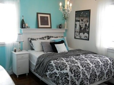 Aqua Bedroom, this duvet cover actually has a similar pattern to ours, I kind of like the mantel headboard, not sure about a king size