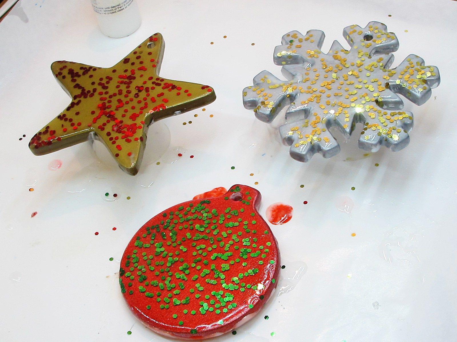 Mini Wreath Christmas Ornaments Handmade Alcohol Ink Resin Christmas Ornaments Mini Wreaths Christmas Handmade Christmas Ornaments Unique Christmas Ornaments