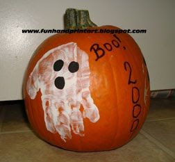 Handprint Pumpkin Painting Ideas for Toddlers and Preschoolers #pumpkinpaintingideas