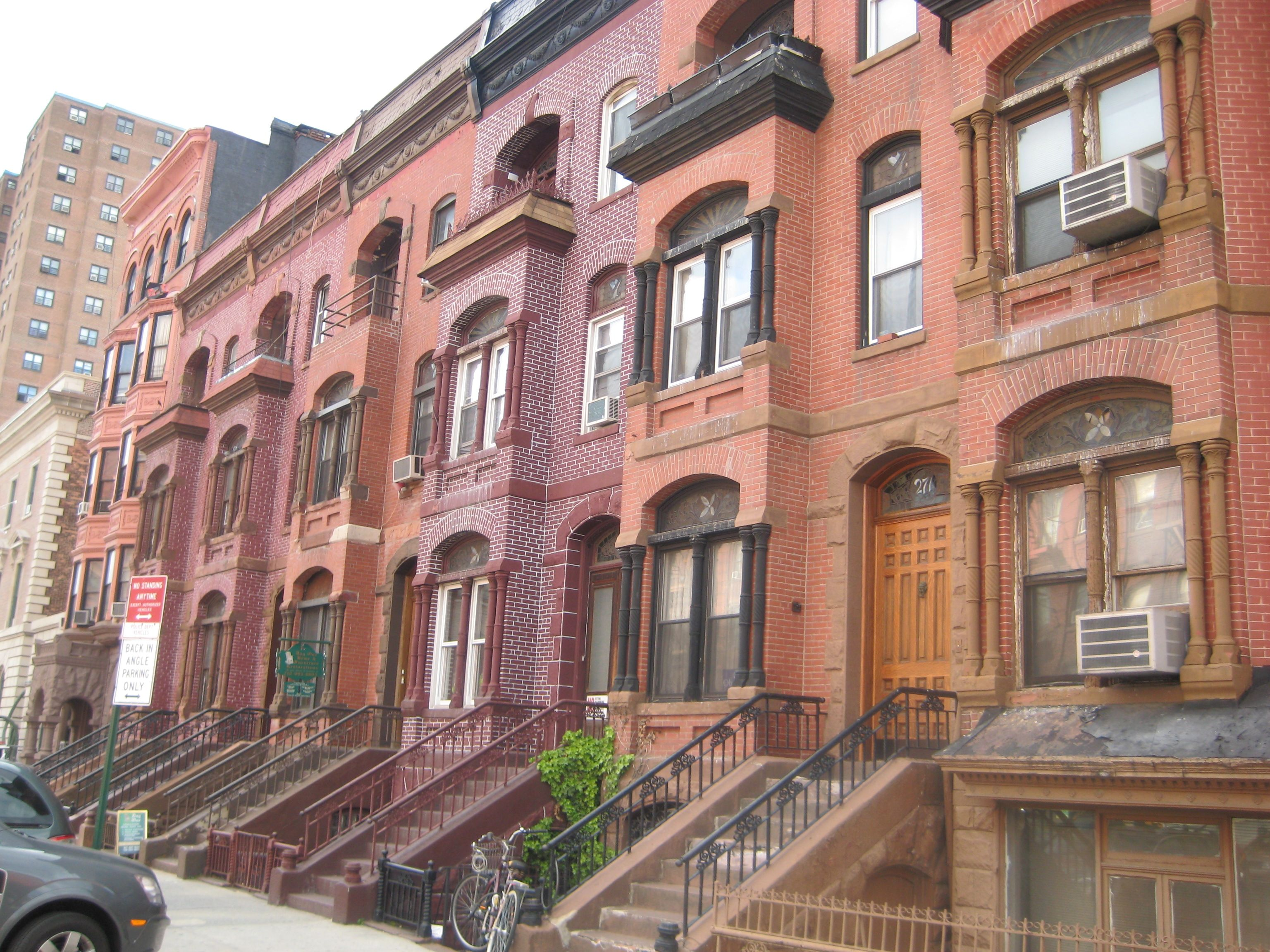Pretty Bronx New York If you swoon over original details and don