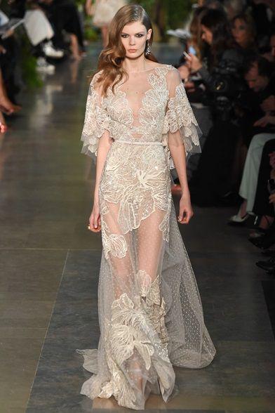 Guarda la sfilata di moda Elie Saab a Parigi e scopri la collezione di abiti e accessori per la stagione Alta Moda Primavera Estate 2015.