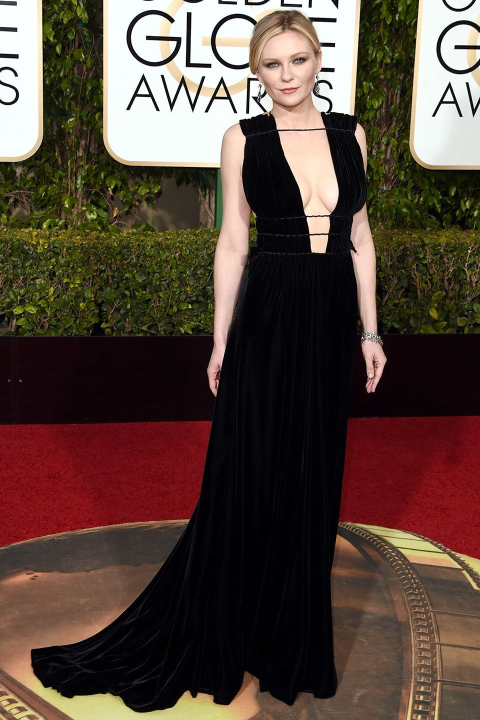 Pin On The Golden Globes