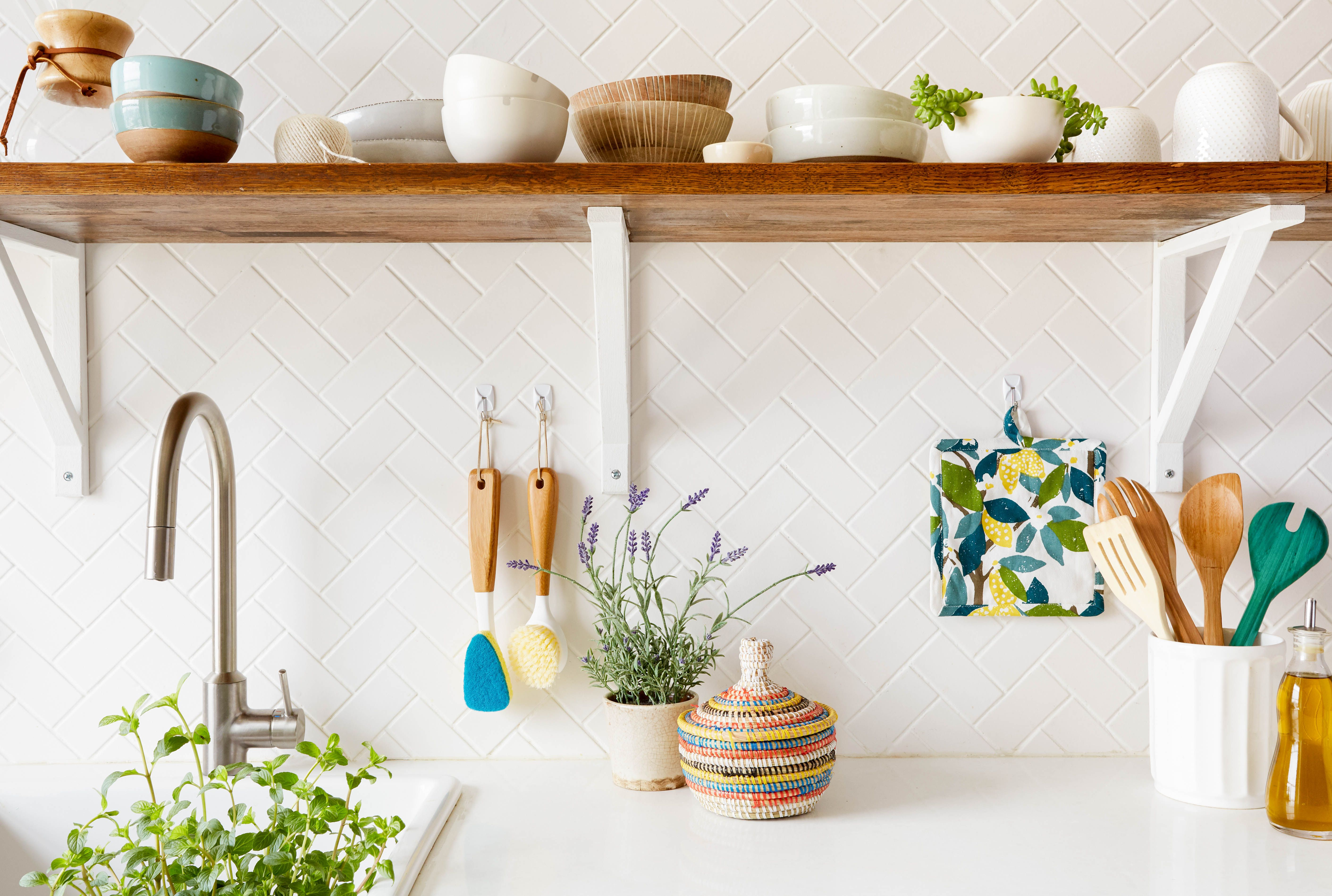 10 Ways to Create Storage in Your Tiny Rental Kitchen | Command ...