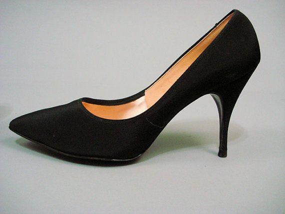 5a8adf4e66bf1 Vintage Stiletto Heels // 1950s Miles Fifth Avenue Black Vamp Vixen ...