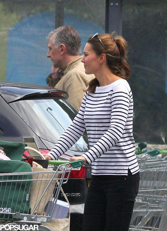 Kate Middleton Grocery Shopping Photo 12