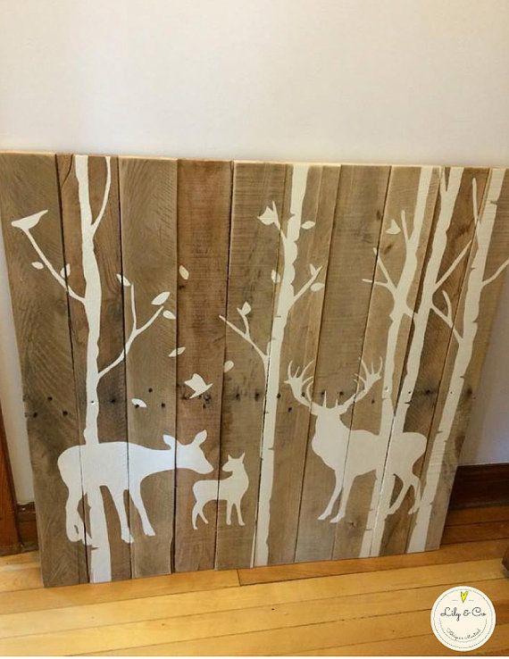 ♥Cadre Famille chevreuil fait de bois de palettes récupéré, peint à