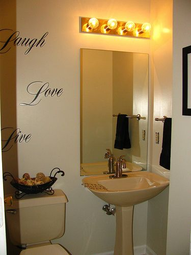 7 Cool Small Bathroom Paint Ideas No Natural Light Image Ideas Small Bathroom Paint Small Bathroom Painting Bathroom