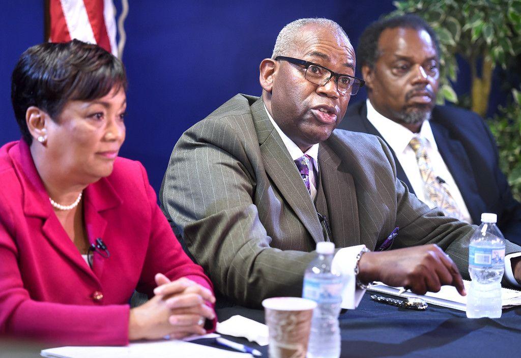Photos Of New Haven Mayoral Debate Photo Debate New Haven