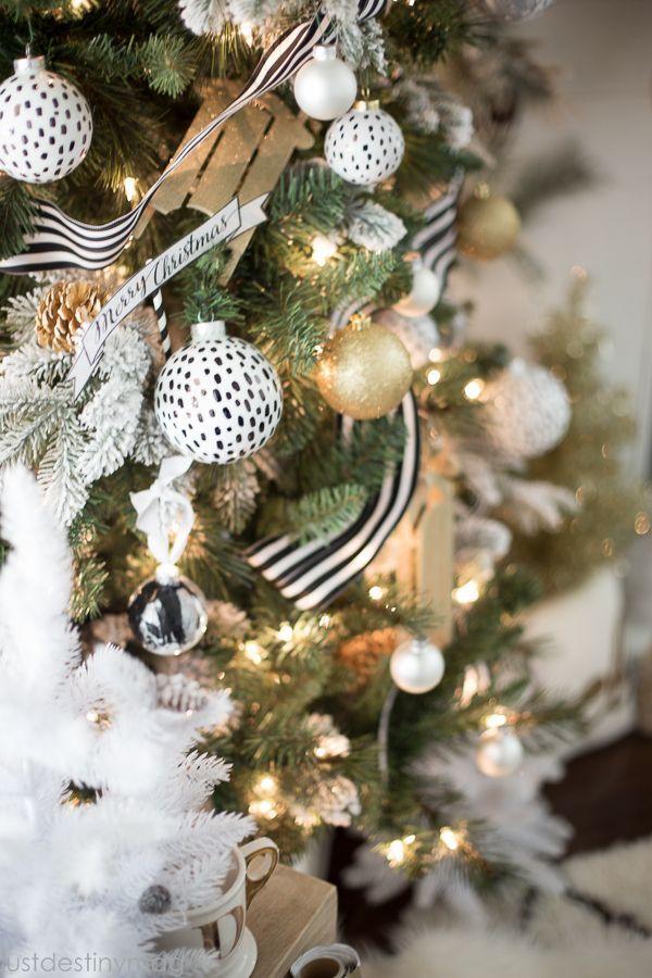 Michaels Dream Tree Challenge Reveal Just Destiny Black Christmas Decorations Gold Christmas Decorations Christmas Decorations