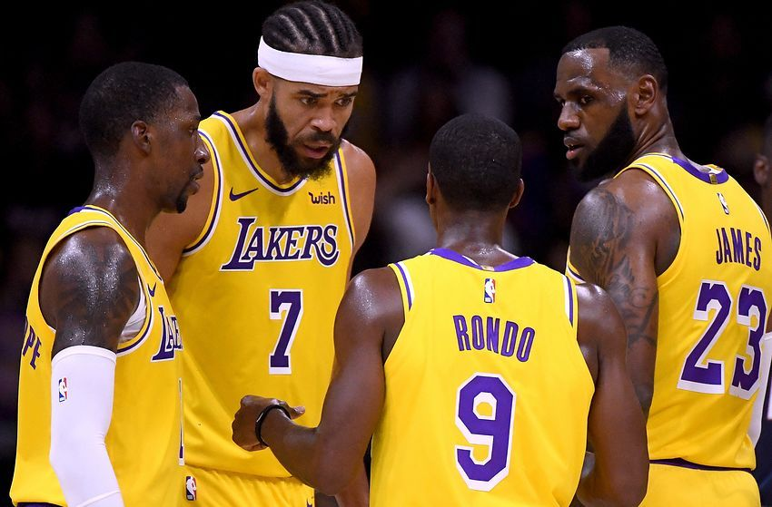 Los Angeles Lakers Ranking The Players On The 2019 2020 Roster 15 11 Nba Rumors Lakers Team Nba Trades