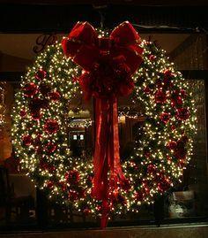 Piñas Luz Y Moño Gigante Maquillajes Pinterest Wreaths  - Christmas Wreath Lights