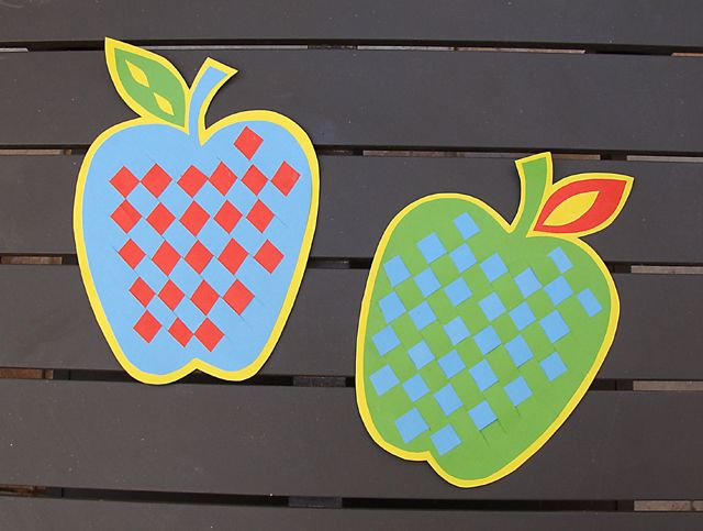 6 apple crafts for kids to create this fall - Papers For Kids