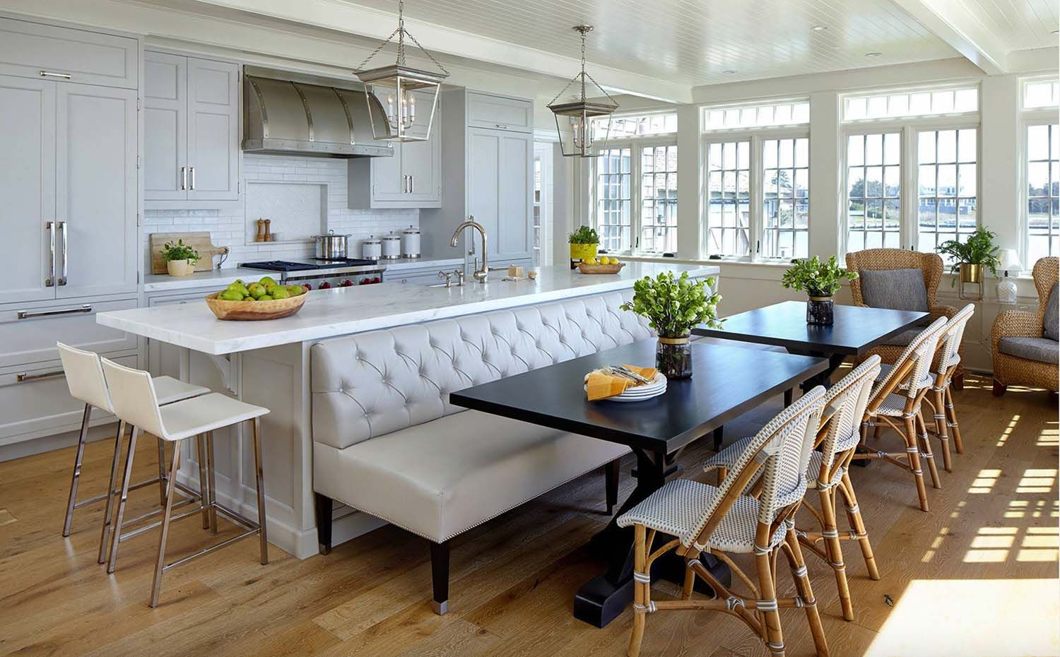 25 Absolutely Gorgeous Transitional Style Kitchen Ideas Kitchen Island Dining Table Kitchen Design Kitchen Remodel