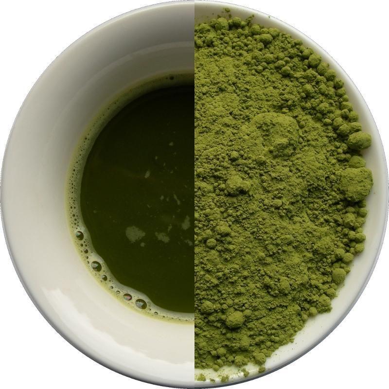 Matcha jest niezwykłą zielona herbatą, posiada postać proszku o intensywnie zielonej barwie.  W Japonii matcha stosowana jest w tradycyjnej ceremonii picia herbaty nazywanej cha-no-yu