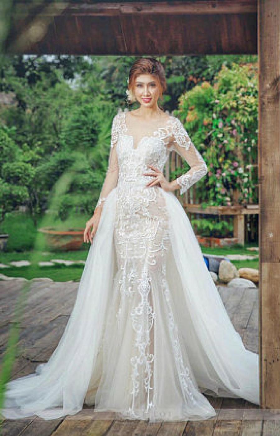 Romantic 2016 Wedding Dresses with Detachable Tulle